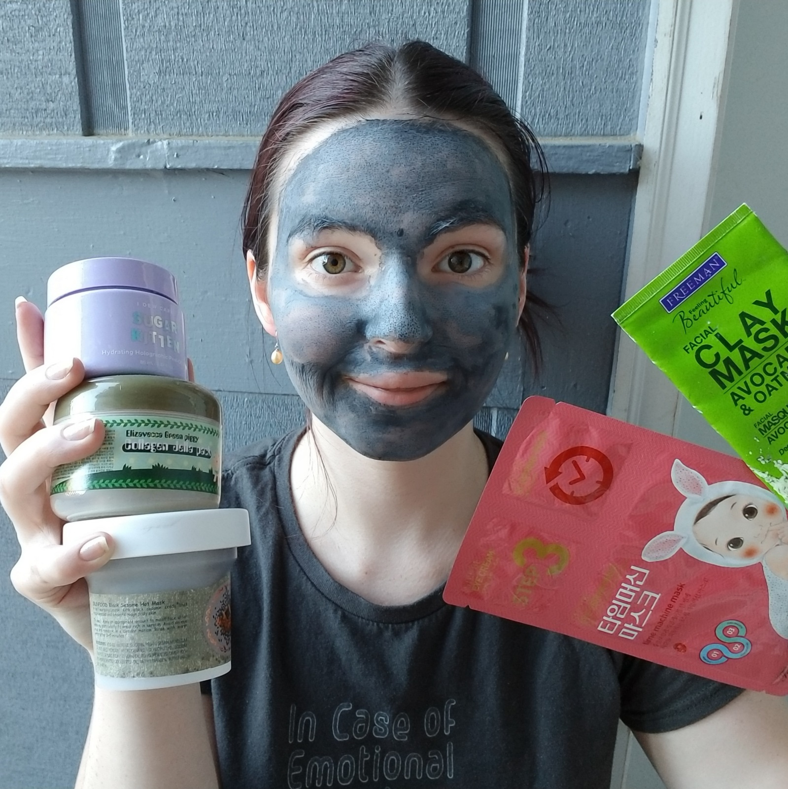 Should clay masks make skin feel tight?