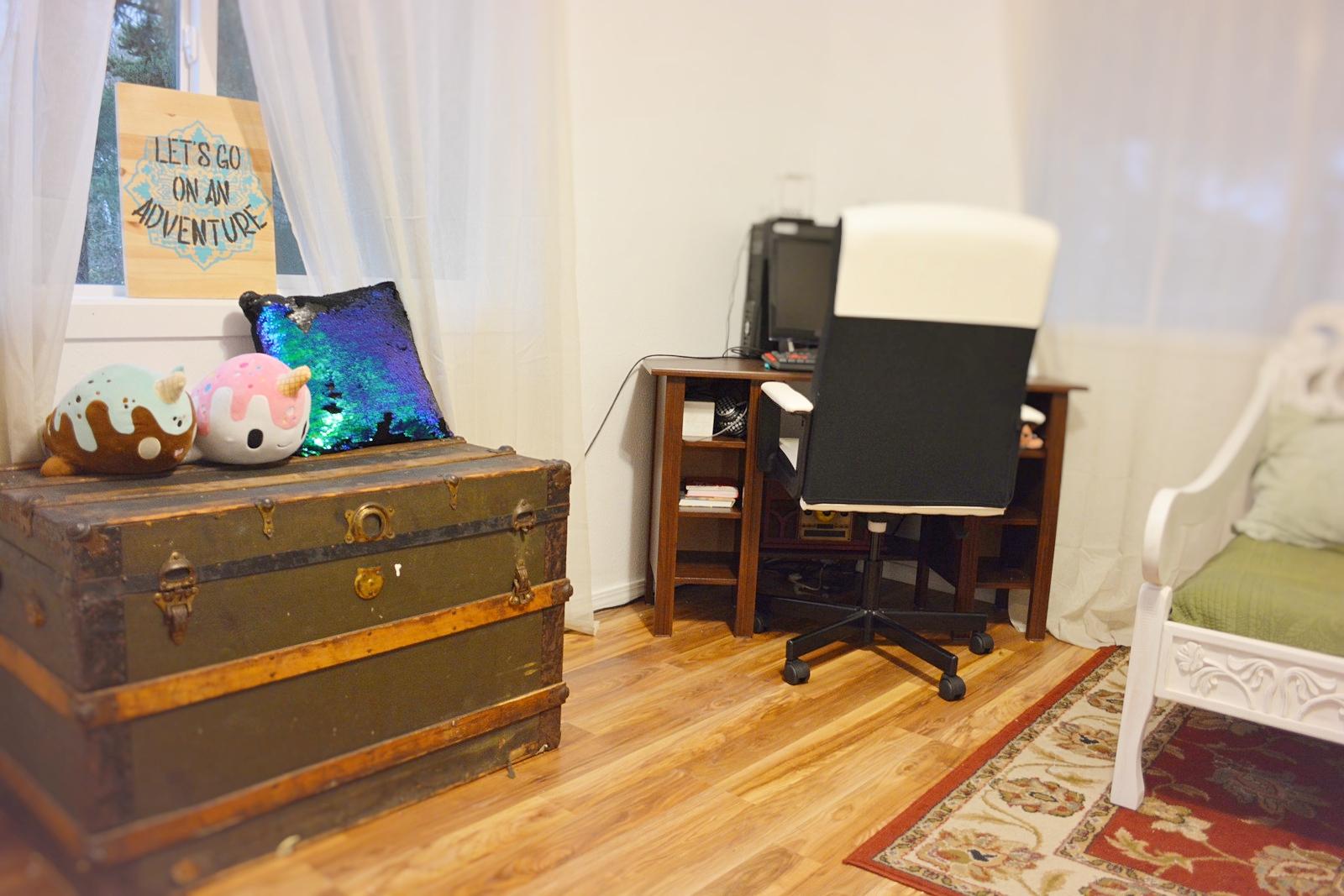 Temporary Boho Office Design