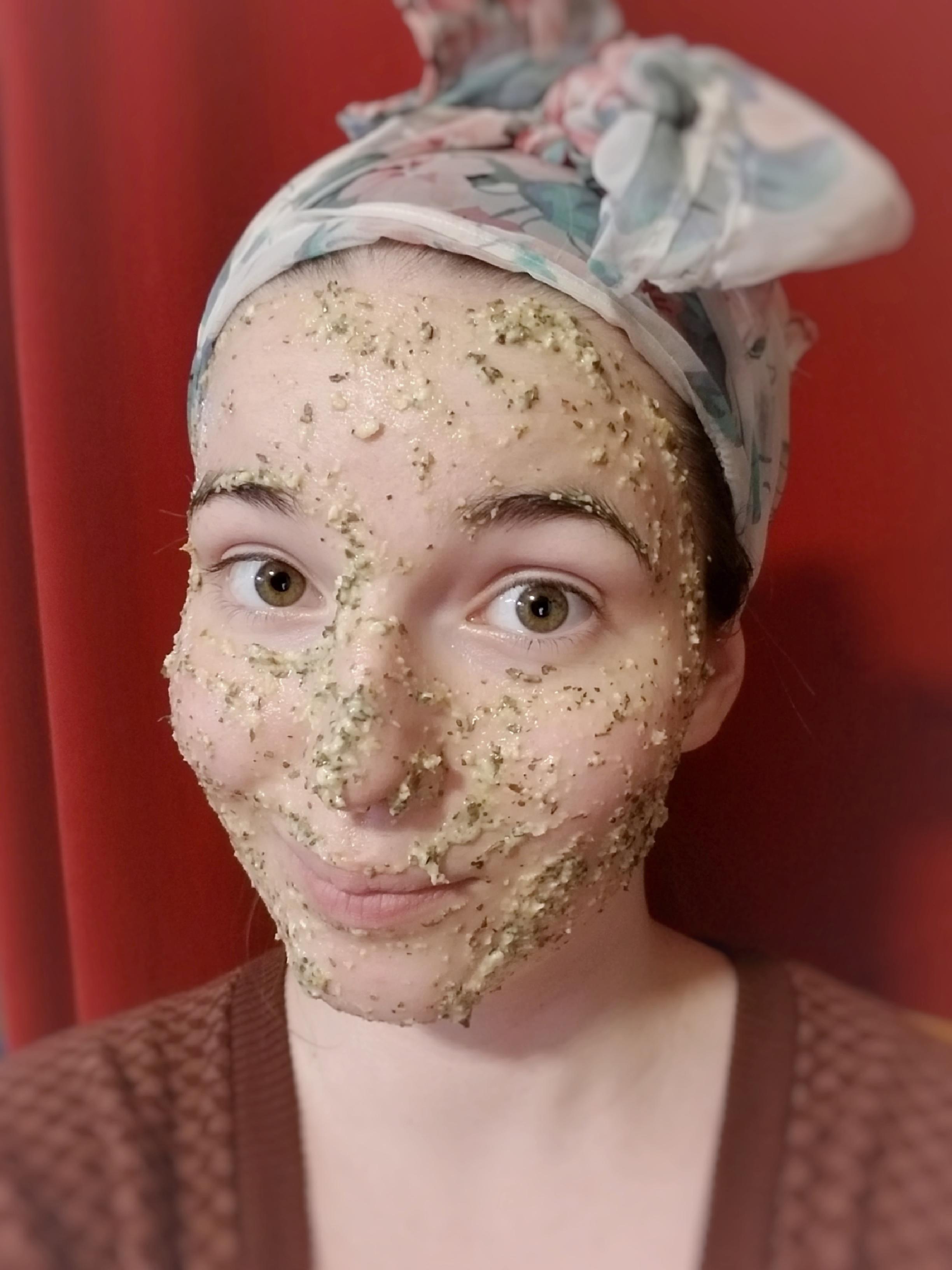 DIY Basil Oatmeal Facemask Recipe